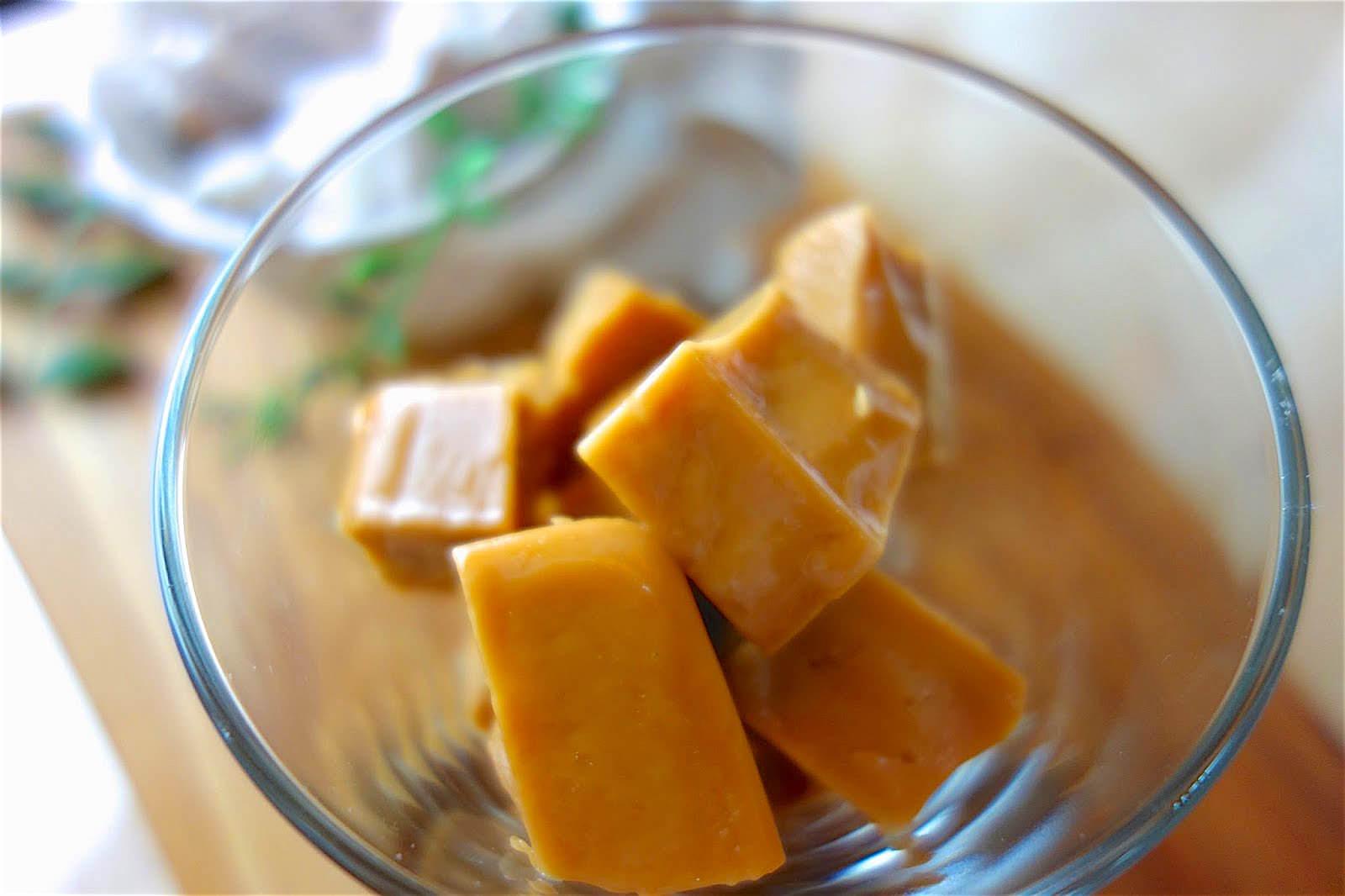 「自己做手工懷舊感牛奶糖」奶香味十足的口感, 3 種食材就能完成!