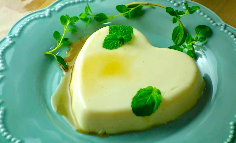「不用烤箱快速做出義式奶酪」綿密細緻的口感,這 3 個步驟可以學起來!