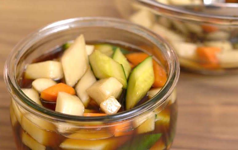 「3 分鐘學會做酸甜爽脆的廣式泡菜?」簡單快速的開胃小菜,第一次做也能上手!