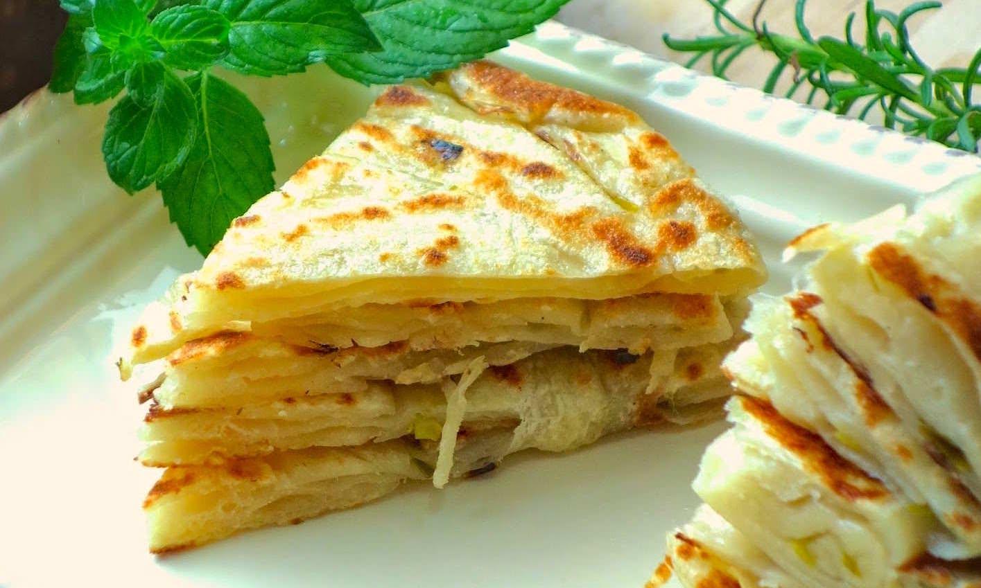 兩種蔥油餅的做法,咬一口滿嘴蔥香酥脆,夜市蔥油餅的小撇步!