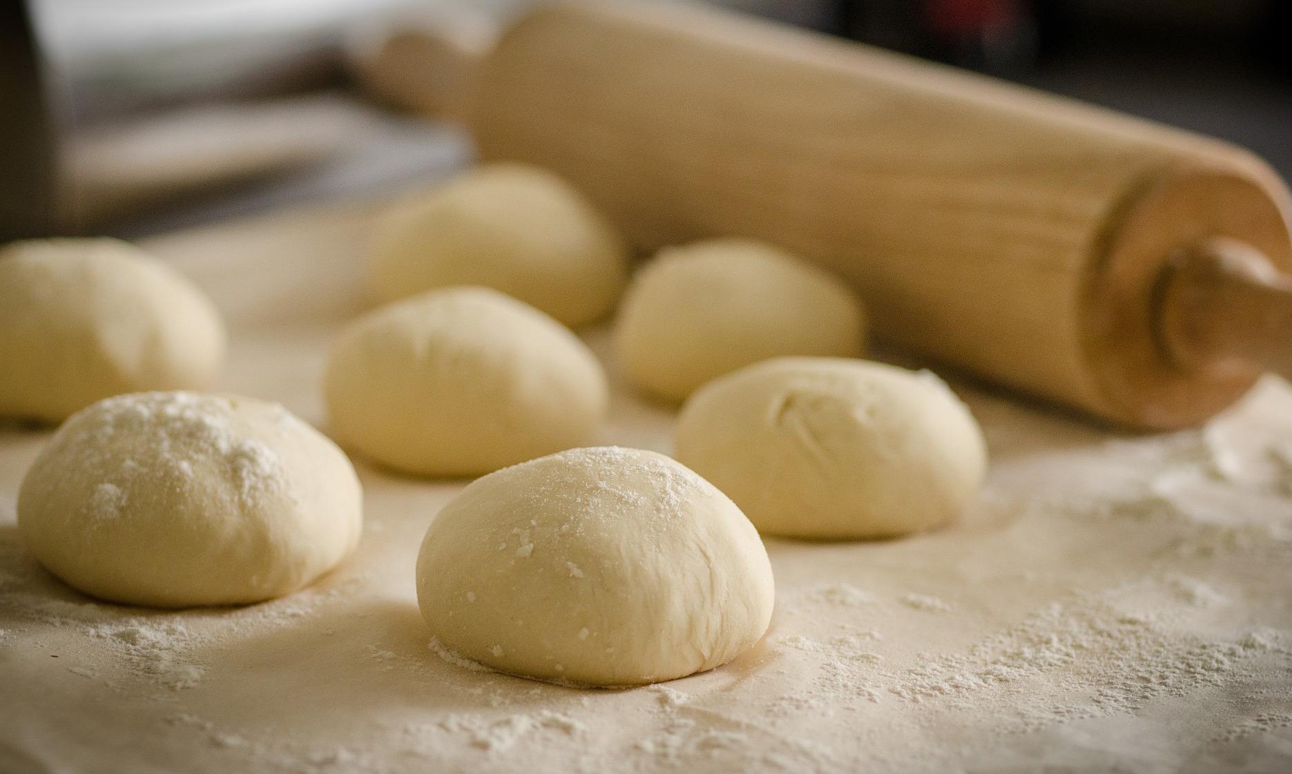 「麵團的攪拌有什麼技巧?」新手做麵包之前,一定要知道的麵團基本知識!