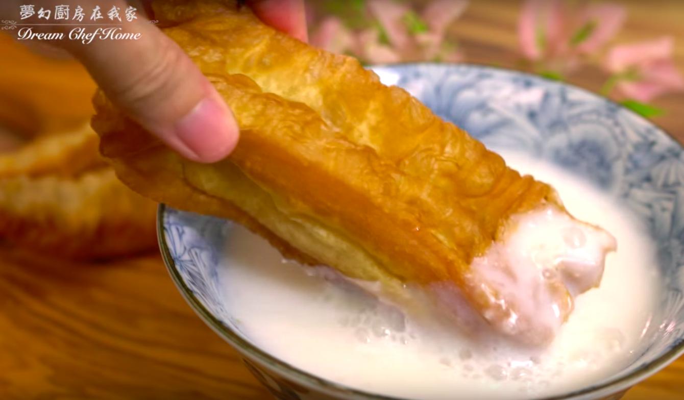 媽媽一定要會的 7 道經典台式早餐,油條、豆漿在家也能輕鬆做!