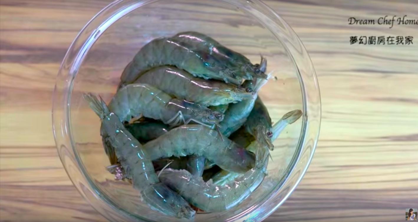 「蝦子、干貝要如何解凍更好吃?」這 2 種專業解凍方式,保證口感跟結凍前一樣新鮮!
