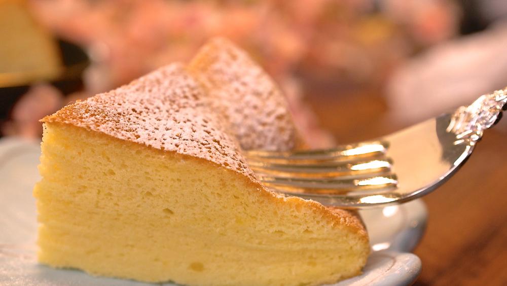 超鬆軟電子鍋蛋糕,最簡單做Q軟濕潤蛋糕的方法!療癒系水嫩古早味蛋糕