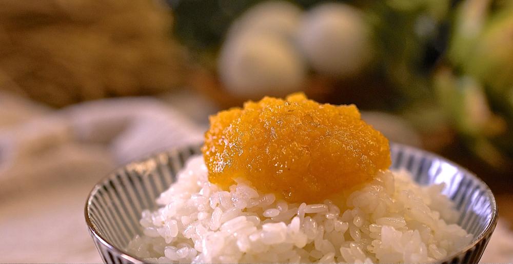 萬用金沙鹹蛋黃醬,拌什麼都香!滿滿流沙醬在口中爆發