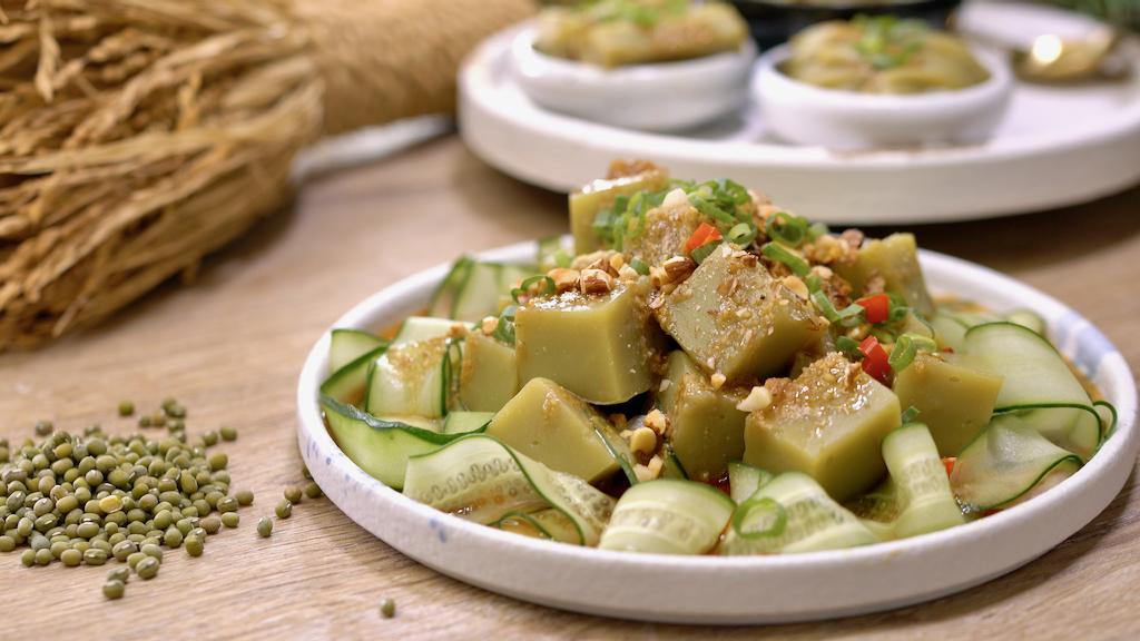 100%純綠豆做綠豆涼粉、涼皮、粉皮,口感滑潤爽Q,清涼消暑