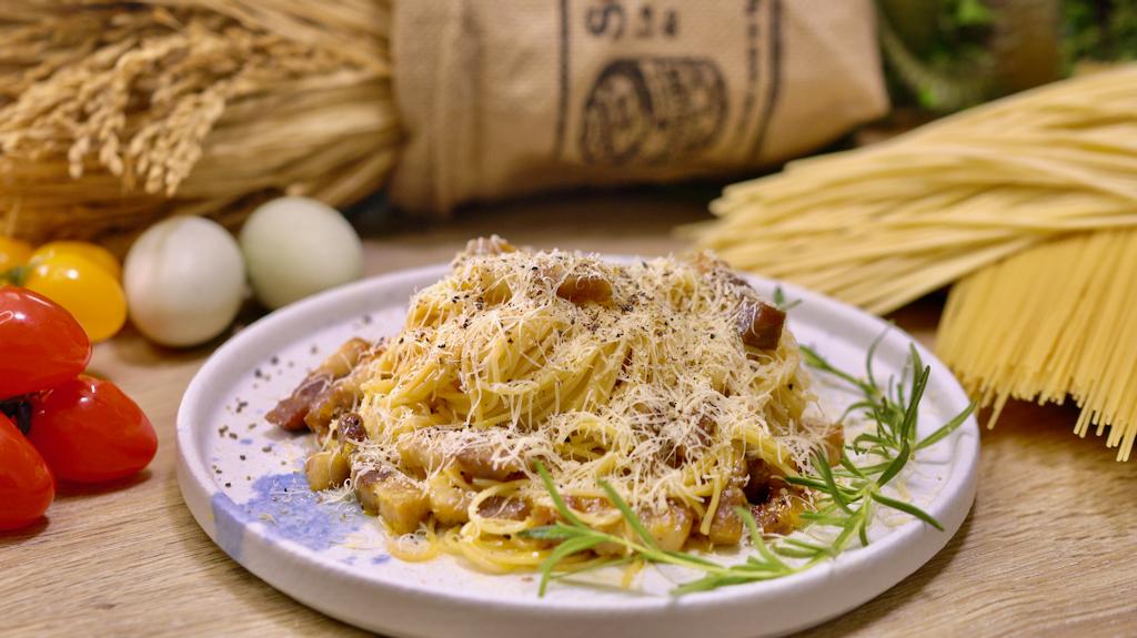 經典義式培根蛋麵,培根蛋黃義大利麵超簡單做法一次學!