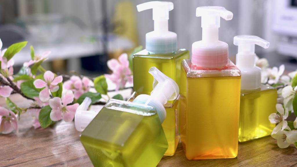 柚子皮環保再利用,剩下的柚子皮自製柚子洗潔劑、洗碗精、洗手慕斯!