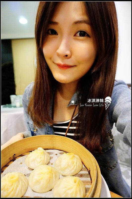 【台中西屯】滬園上海湯包館 – 新光三越美食餐廳 多汁小籠湯包