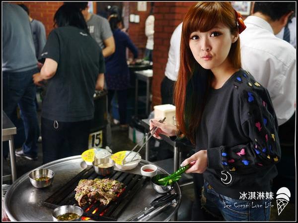 【韓國新村】站著吃烤肉 – 超難忘韓牛兒滋味 新村必吃!!