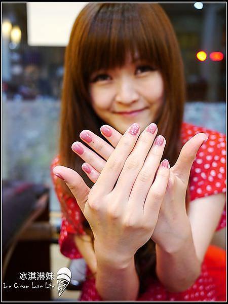 【指甲彩繪】馥甲藝坊 – 指甲彩繪光療 手部保養