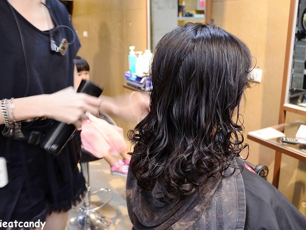 燙髮後髮質修護補水-台中燙染髮推薦