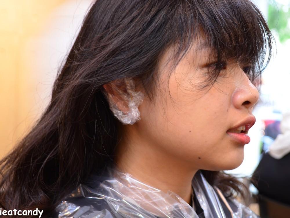 染前耳朵隔離-台中燙染髮推薦