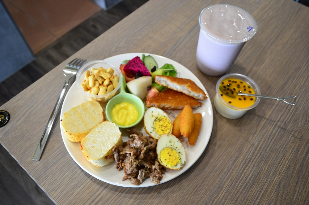 兒樂有理 鹿港美食 鹿港早午餐 鹿和路美食 張早午餐