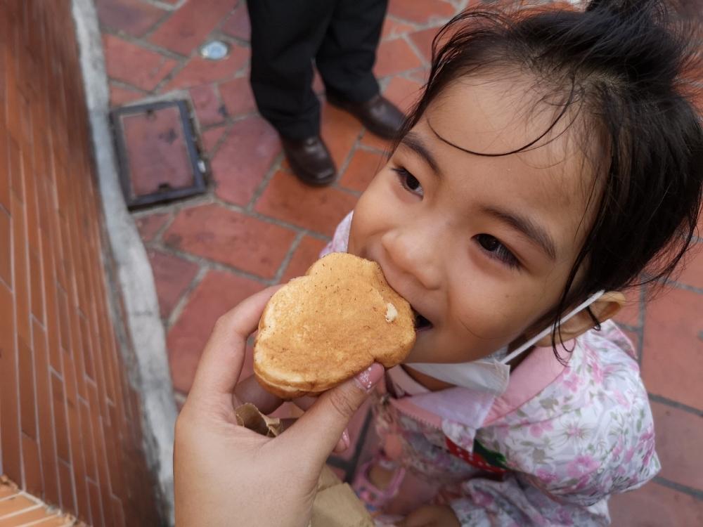鹿港老街美食 古早味鹿港雞蛋糕 鹿港雞蛋糕 鹿港小吃 鹿港下午茶
