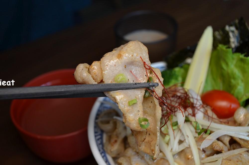 宮本武丼直火肉山制丼所│彰化市美食,彰化市丼飯,彰化燒肉丼飯。