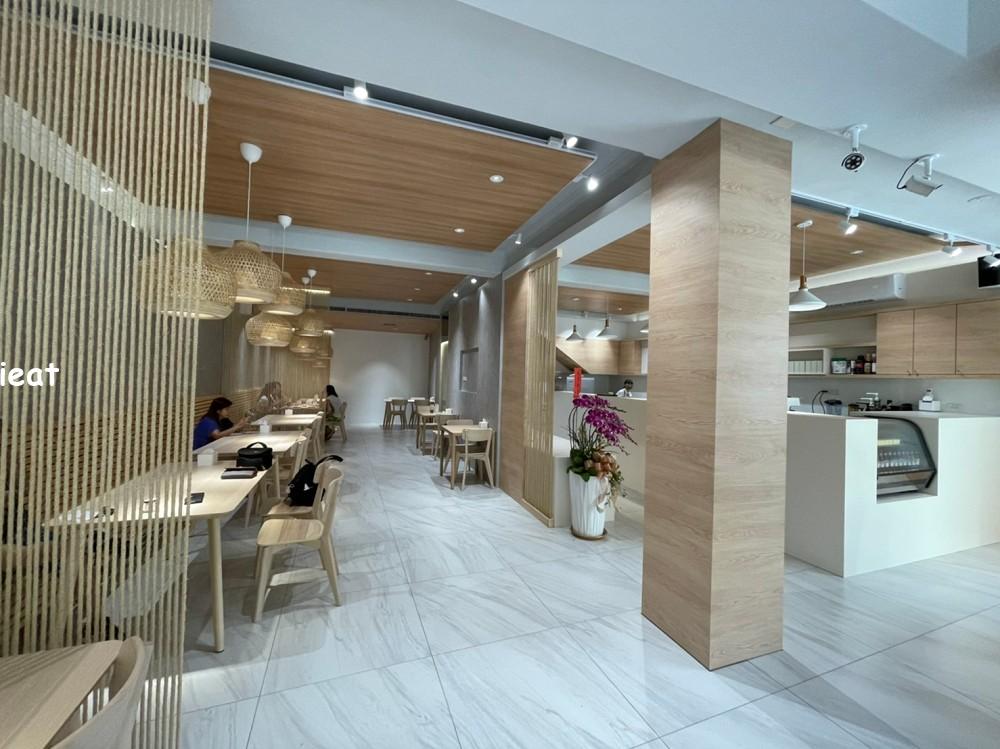 草屯餐廳 三月半咖啡館