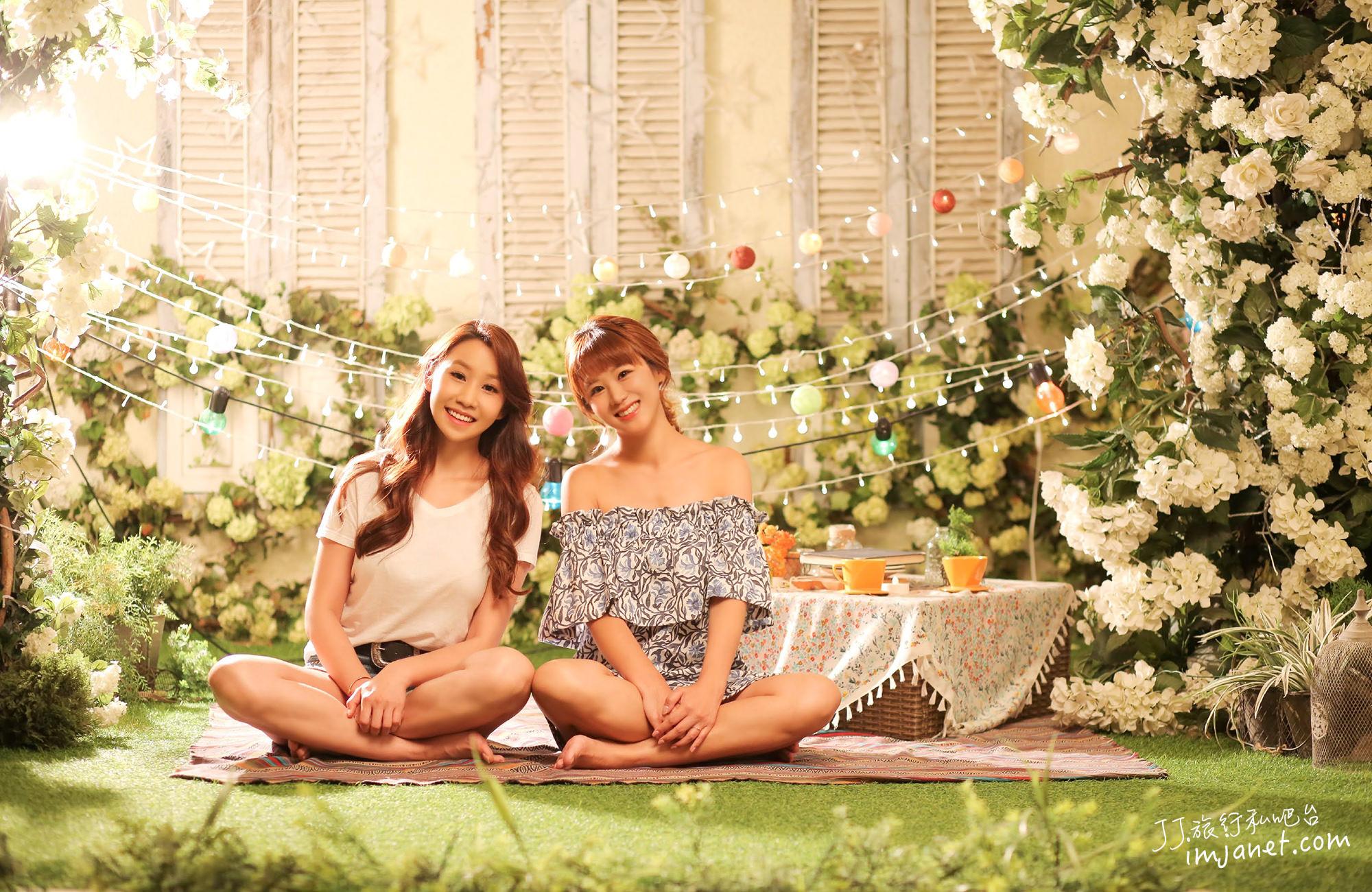 首爾|華麗攝影棚中拍攝閨蜜寫真,女子喜愛的韓風細膩感