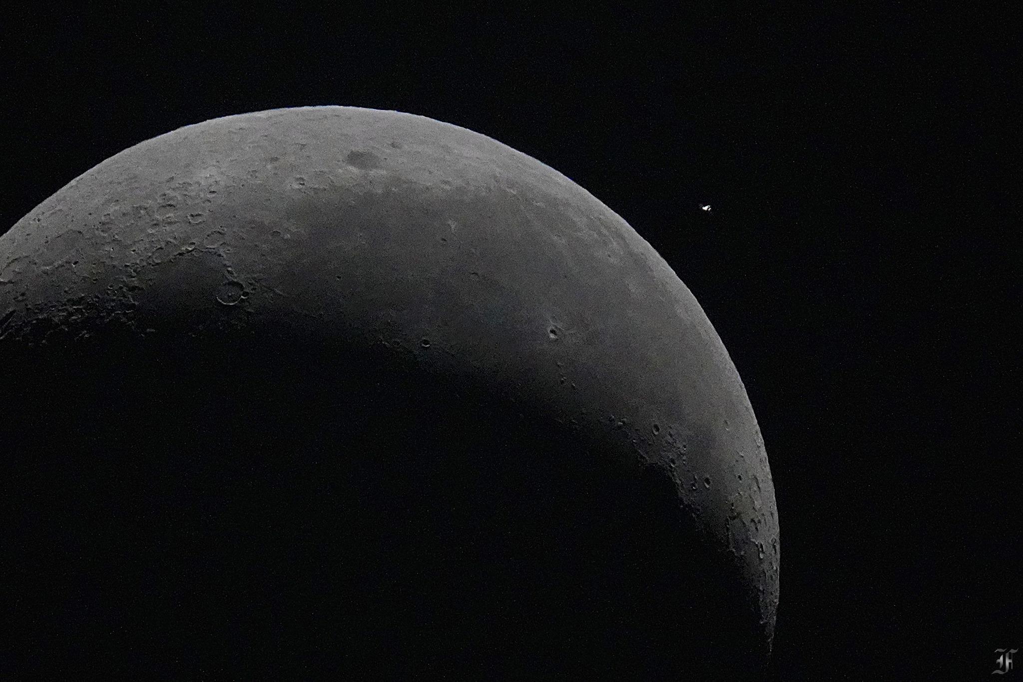 [作品] 643公里外的國際太空站