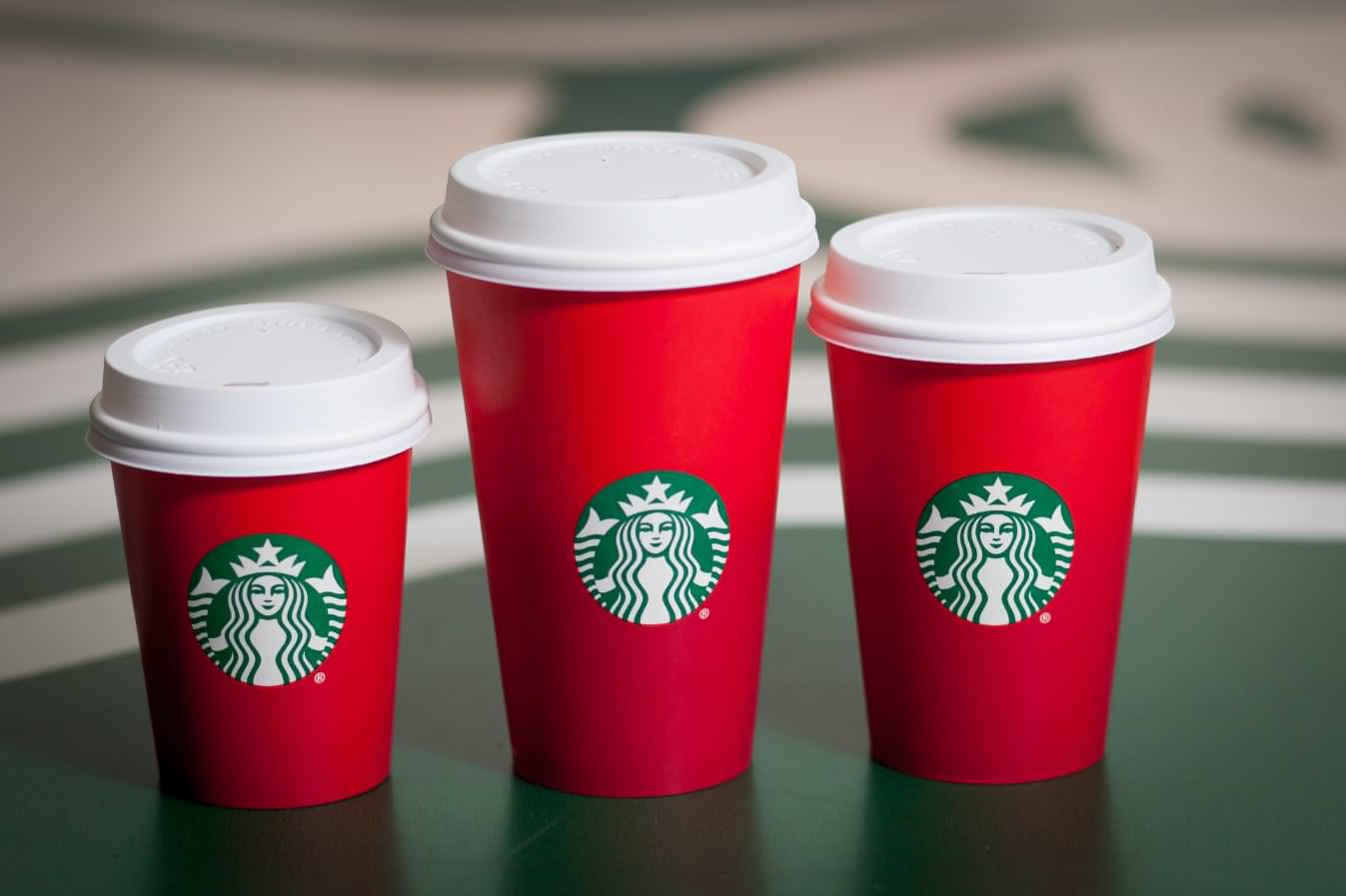 starbucks_holiday_cups