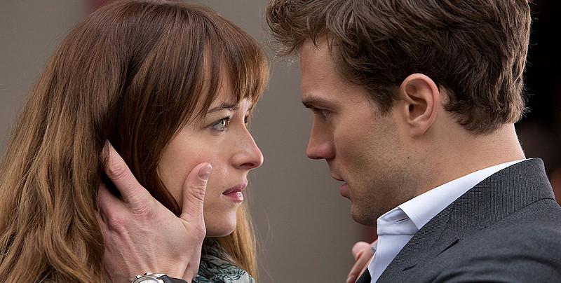 表面的浪漫不過是心中一點點波瀾,真正的浪漫是靈魂的沉醉。—《格雷的五十道陰影》—我們用電影寫日記