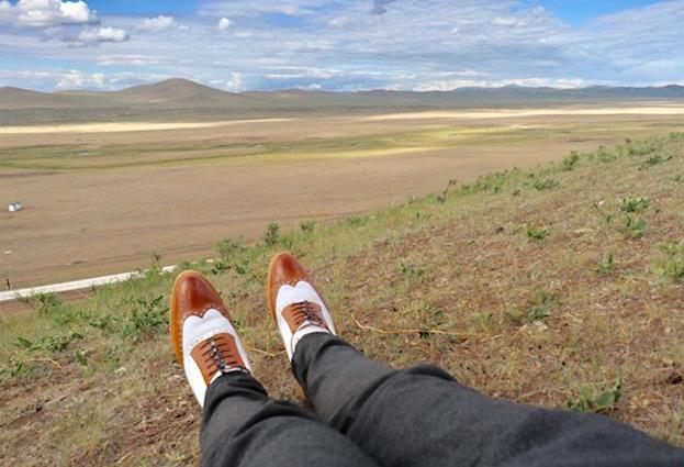 真正的愛情就像選一雙鞋,不是要選最好的,而是要選擇最適合的。