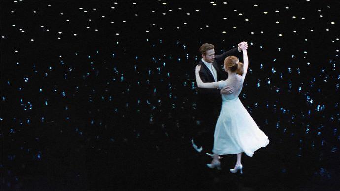 「電影最後5分鐘的完美人生,是男主角還是女主角的幻想? 」看完這 3 張圖你就懂了!- 《樂來越愛你》 – 我們用電影寫日記