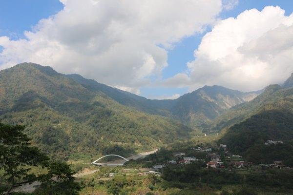 嘉義阿里山景點 豐山村 塔山下的自漫遊 石鼓盤大地漫遊小旅行