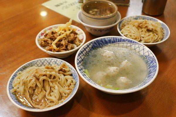 嘉義竹崎美食 外省麵小吃 麻醬麵與排骨酥湯 純樸小吃味