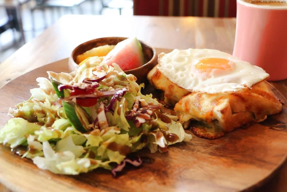[美食] 台北中和 四號公園咖啡廳 貓的美味之夢 工作型咖啡廳 法式早午餐 近四號公園 永安市場站