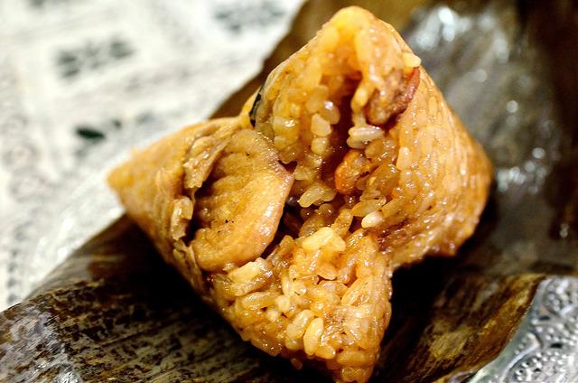[苗栗竹南]默默的吃五粒.... 竹南懷舊肉粽