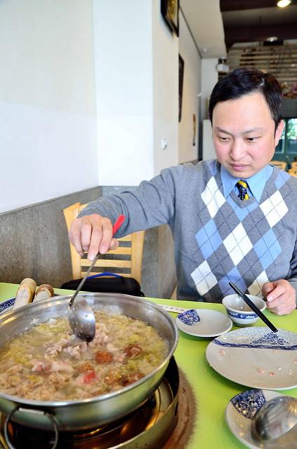 [桃園市]我又來喝湯了~!二訪東北酸菜白肉鍋