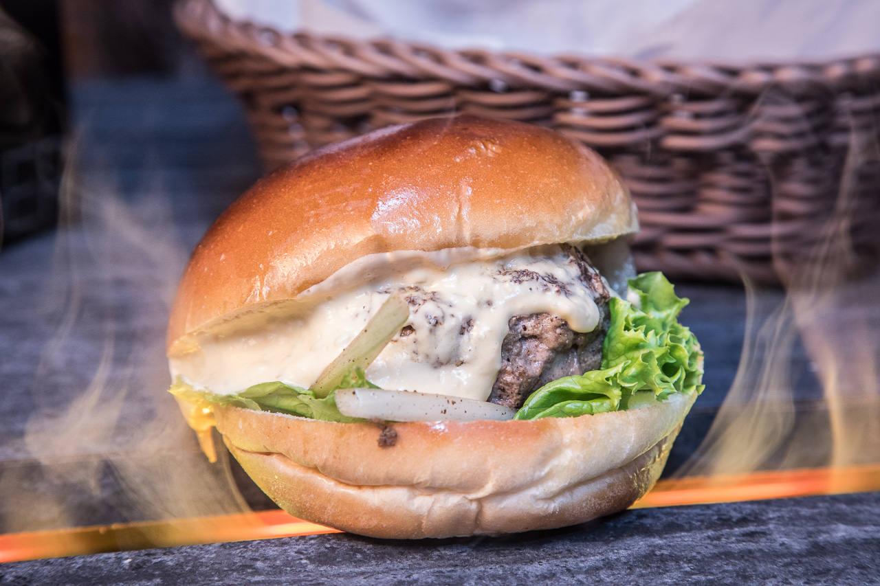 [台北大安]CP值超高!100%手打純和牛漢堡不用200元! Wagyu Burger和牛漢堡