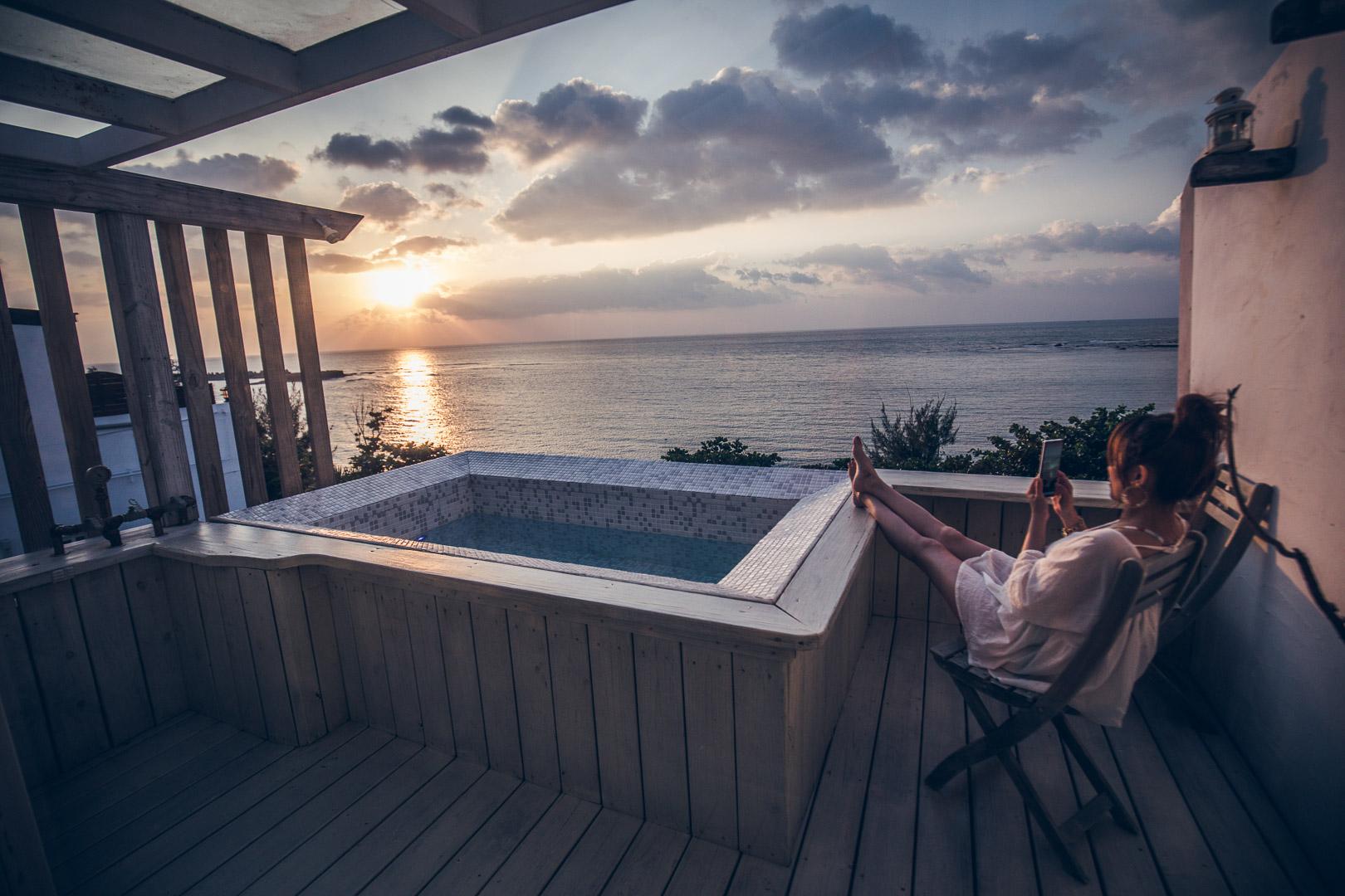 屏東住宿 》後灣36-HomeOne36|這間海景房絕對美到哭,180度全景戶外浴池,進房都捨不得出門了!