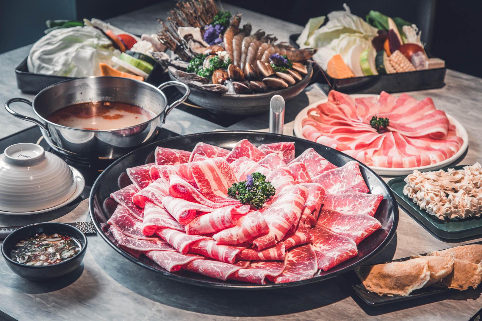 [內湖美食]山鍋物(團緣涮涮屋)內湖鍋物第一首選!超巨大肉盤海鮮盆,飽到翻肚!