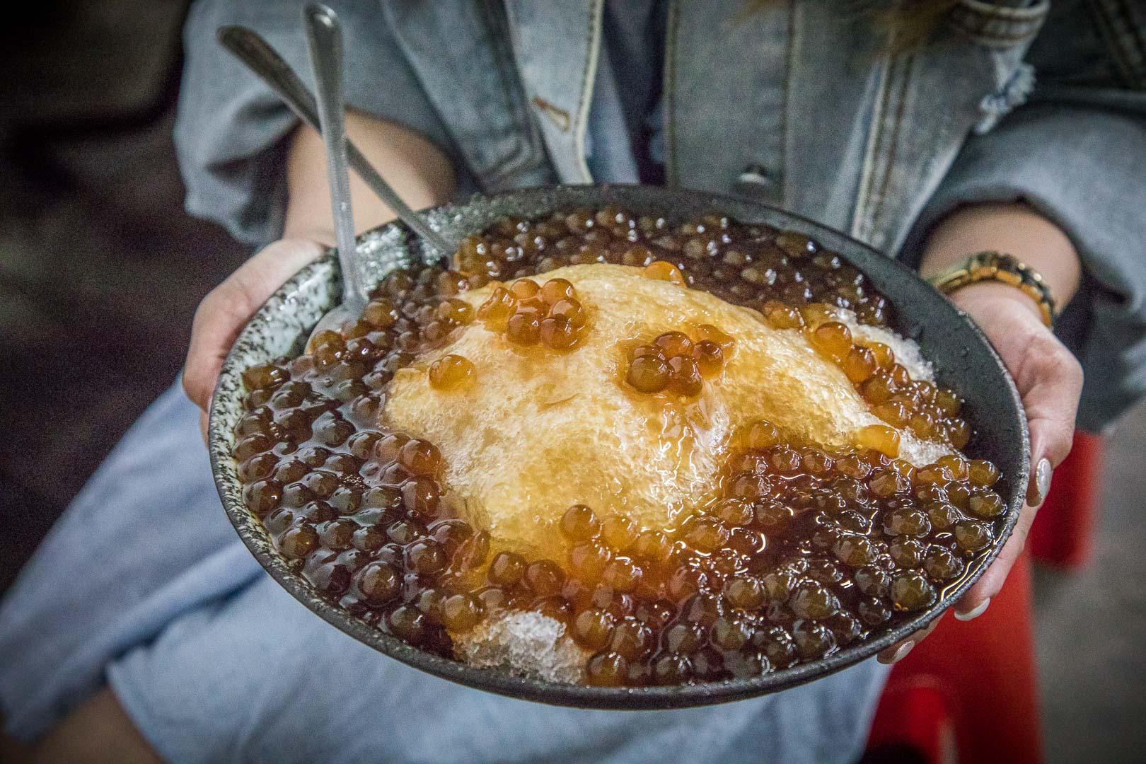[宜蘭美食]冬山小可愛/粉圓鋪好鋪滿!這一碗可以三個人吃吧!?超巨大碗公粉圓冰只要50元!