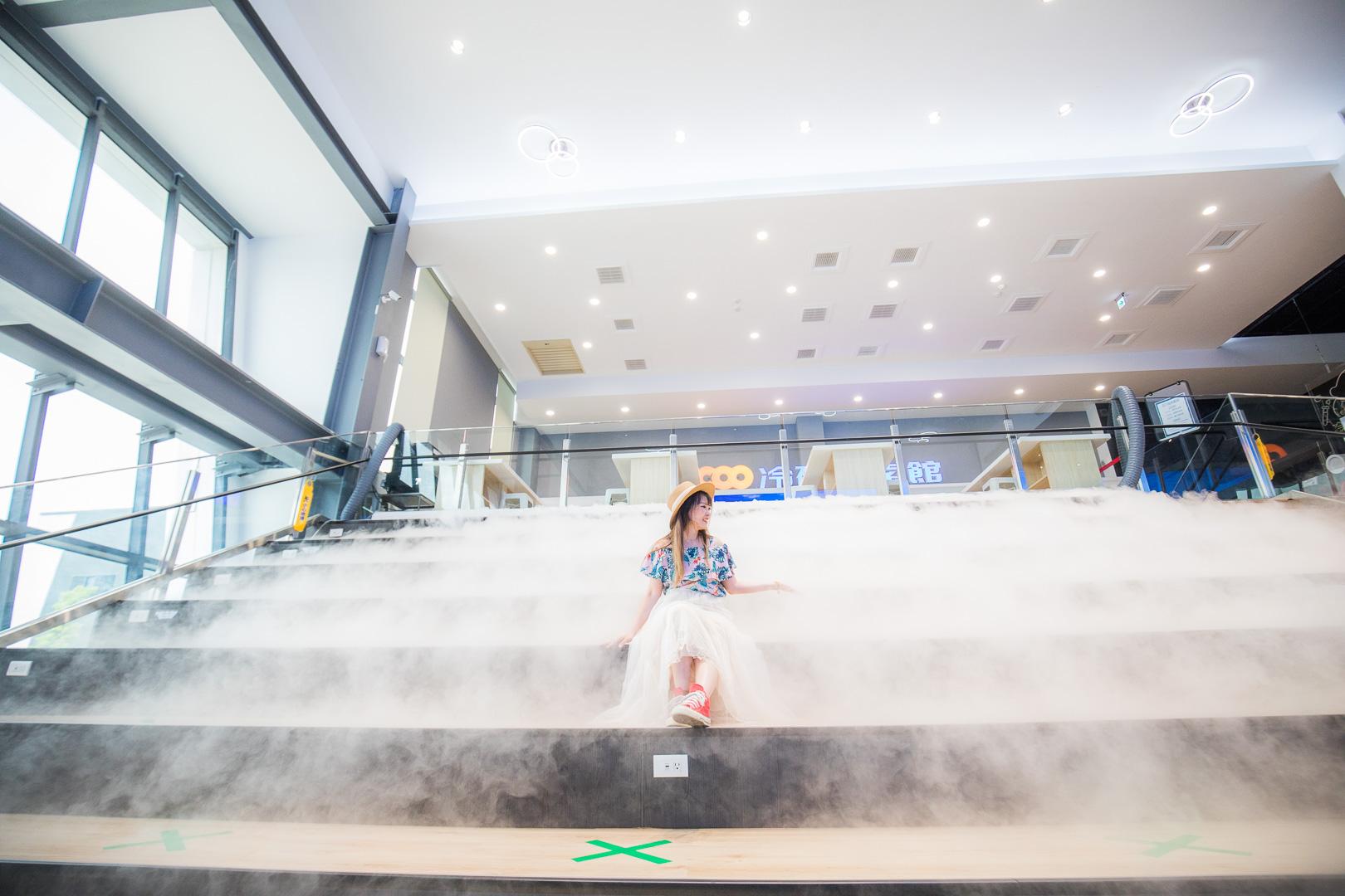 嘉義景點 》冷研碳索館,全台唯一氣體觀光工廠,IG網美必拍乾冰瀑布