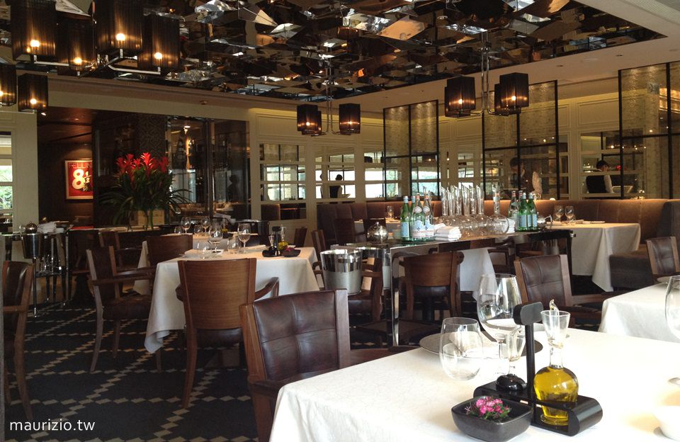 [香港] 米其林三星.8½ Otto e Mezzo BOMBANA – 隱身中環歷山大廈的義大利餐廳