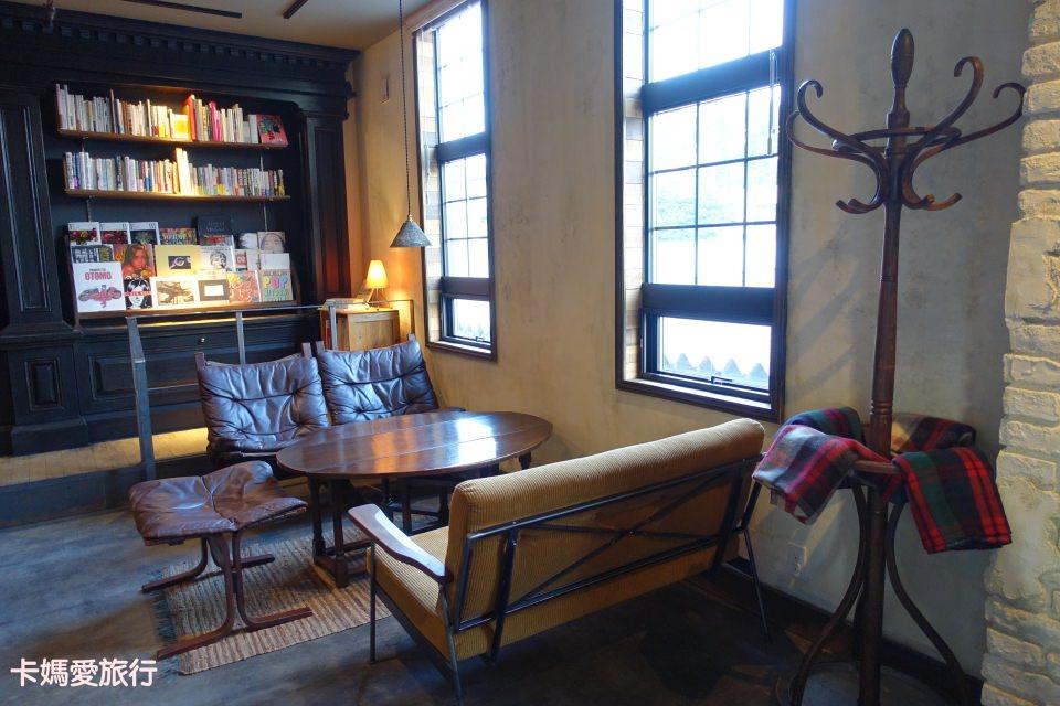 [河口湖] TaBiLion Coffee 咖啡廳推薦 – 富士山無敵窗景.復古文青咖啡店