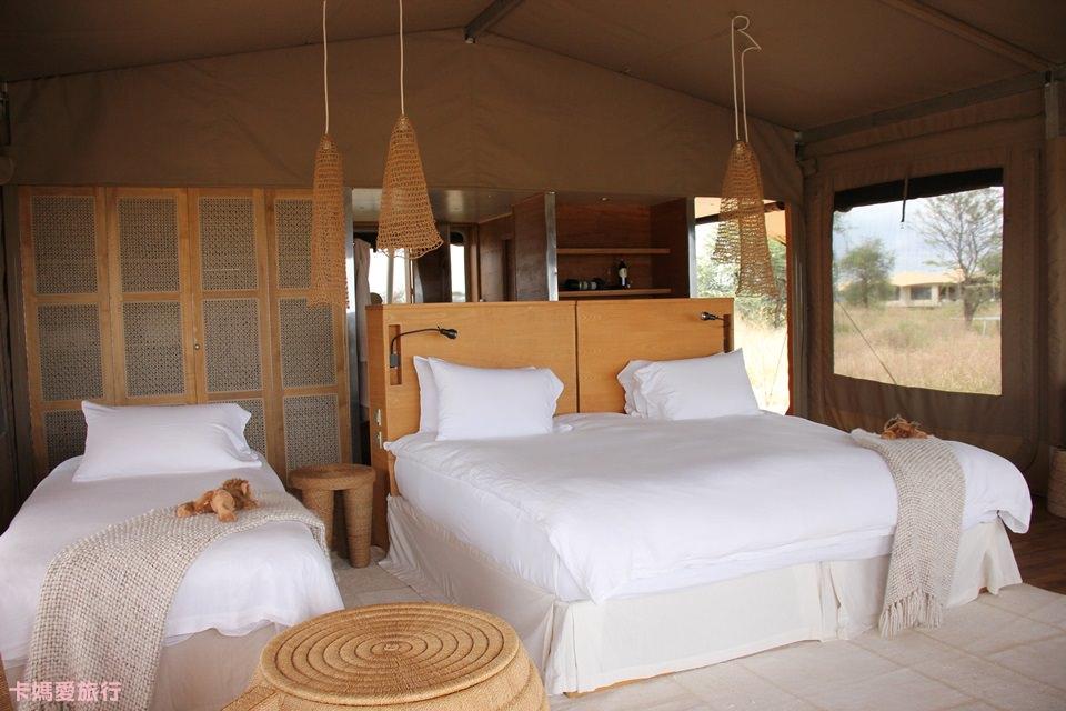 [坦尚尼亞] Roving Bushtops 在草原中移動的頂級豪華帳篷 房間內裝、午餐分享