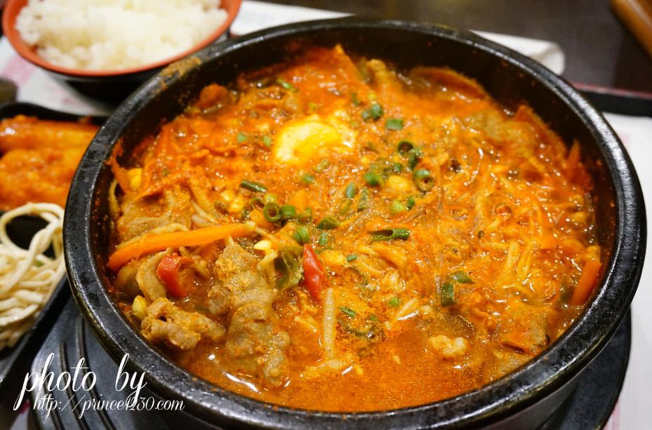 (口甲口甲)人潮不斷的料多香滋味-西門町釜山韓國食堂