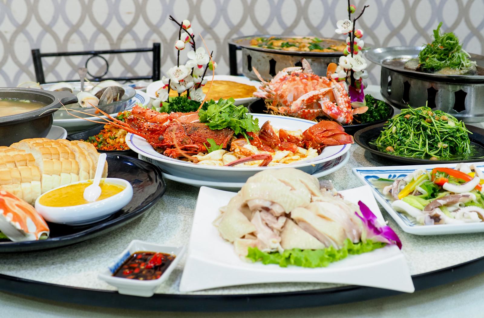 【萬里蟹海鮮餐廳】望海亭 價格透明不需要海龍王彼得  有自己的漁船捕撈海鮮味美價廉