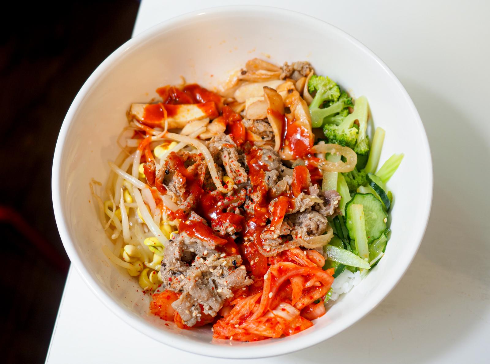 【古亭站美食】韓式拌飯小菜館 台北市內百元有找的韓式拌飯 4.5分高評價只賣中午