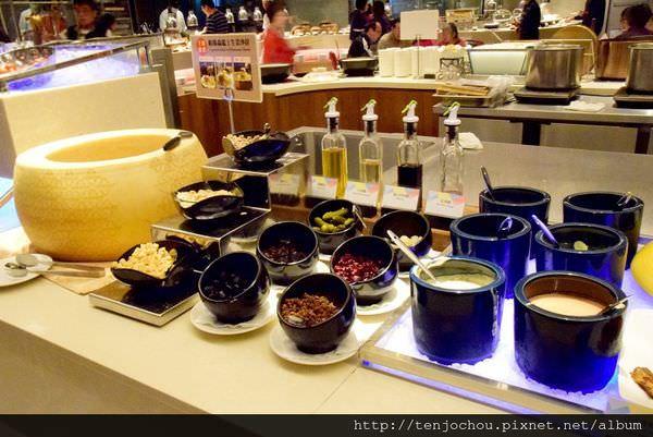 漢來海港餐廳吃到飽-沙拉003.JPG