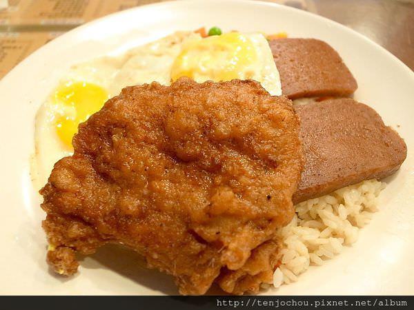 【台北食記】波記茶餐廳 東區超人氣平價港式料理!大家都推薦豬扒餐肉煎雙蛋飯