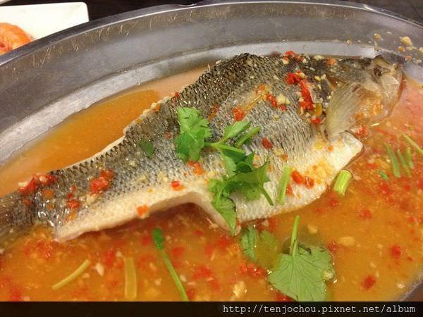 【台北食記】東區-泰鼎泰式料理泰國菜吃到飽