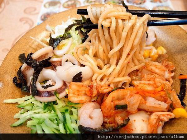 【台北食記】東區 甘泉魚麵 料比麵多老闆你有賺頭嗎!