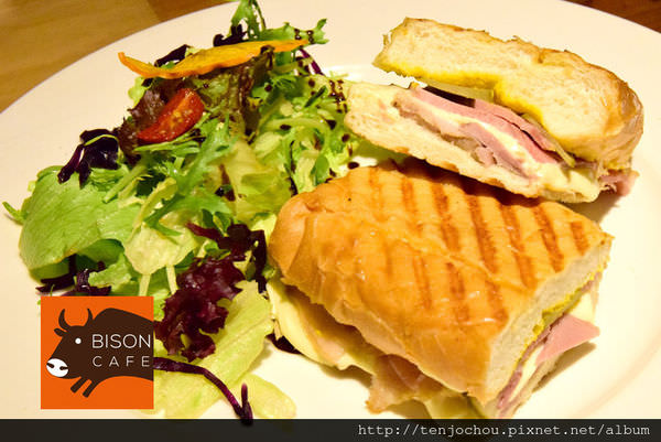 【台北食記】敝所Bison cafe 民生社區好吃的古巴三明治 不限時咖啡店推薦
