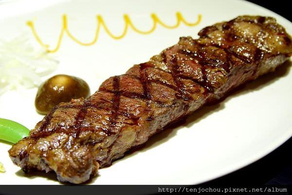 【台北食記】超越原味炭烤牛排 爆紅排隊名店!238元起就能吃到PRIME等級牛排!
