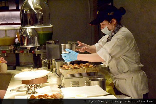 漢來海港餐廳吃到飽-甜點007.JPG